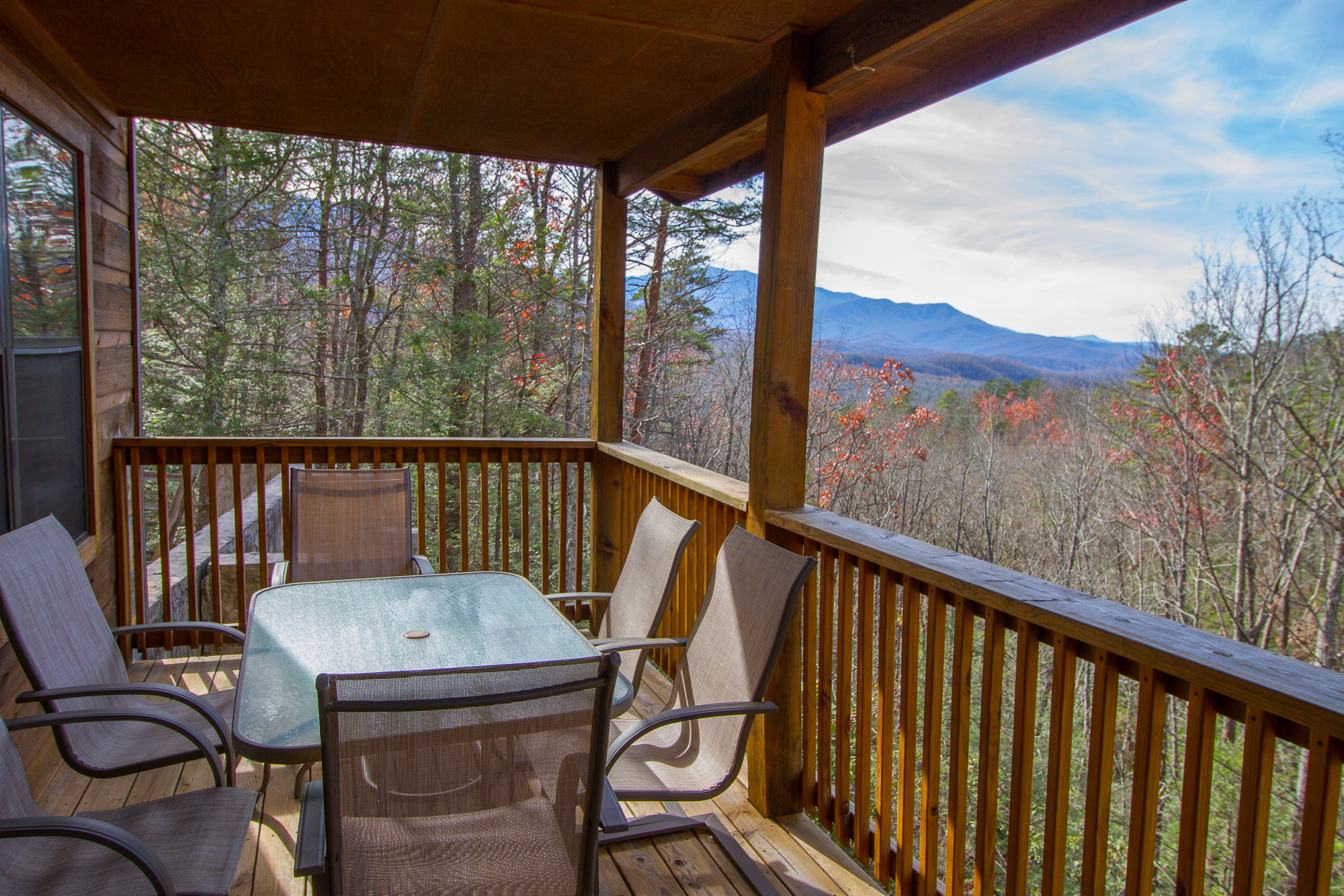 crest pigeon falcon tennessee bedroom cabins forge rental sevierville cheap cabin